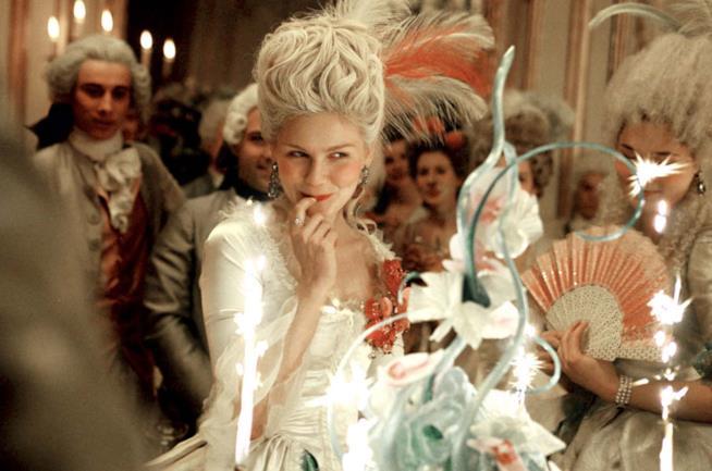 Kirsten Dunst e la pettinatura di Marie Antoinette