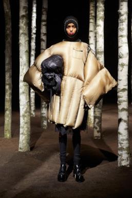 Sfilata MONCLER Collezione Donna Autunno Inverno 19/20 Milano - 109