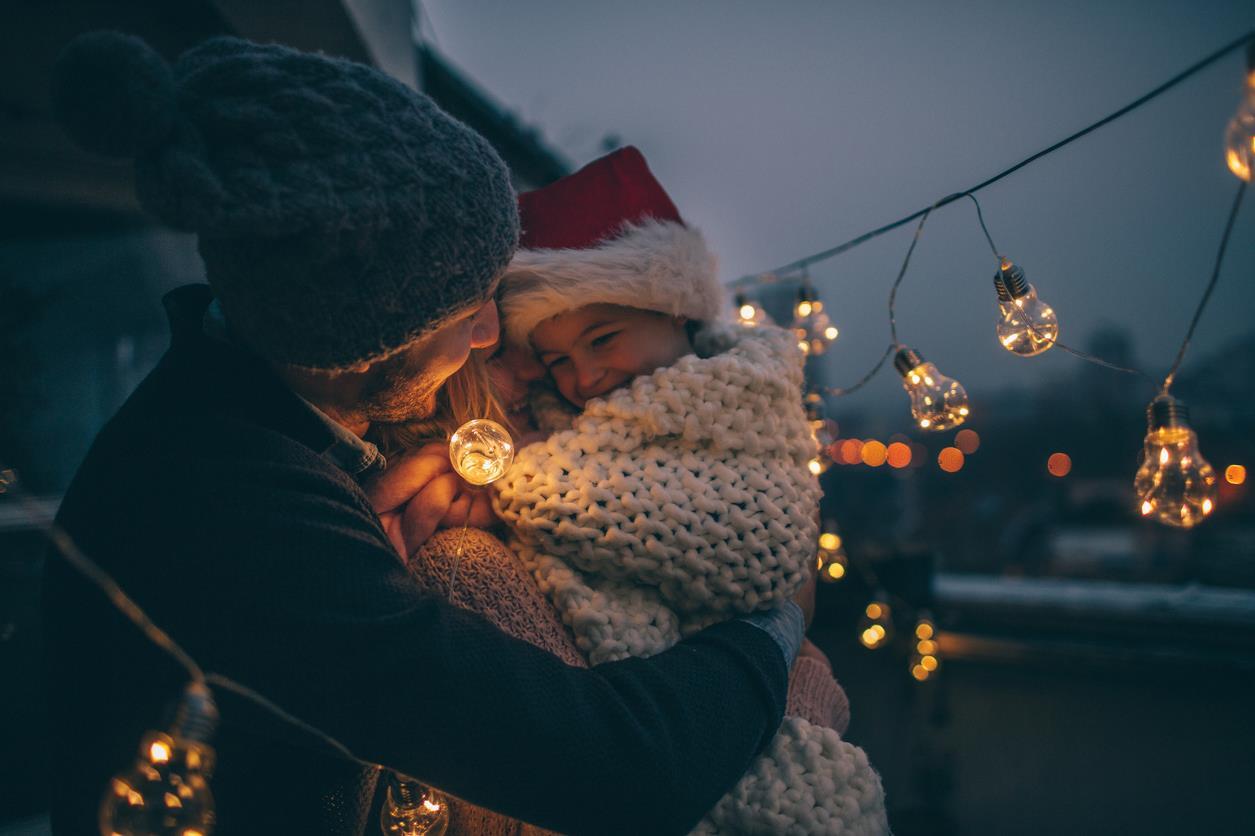Frasi Di Auguri Di Natale Per Bambini Piccoli.Frasi Di Natale Auguri E Aforismi Per Amici Famigliari E Colleghi