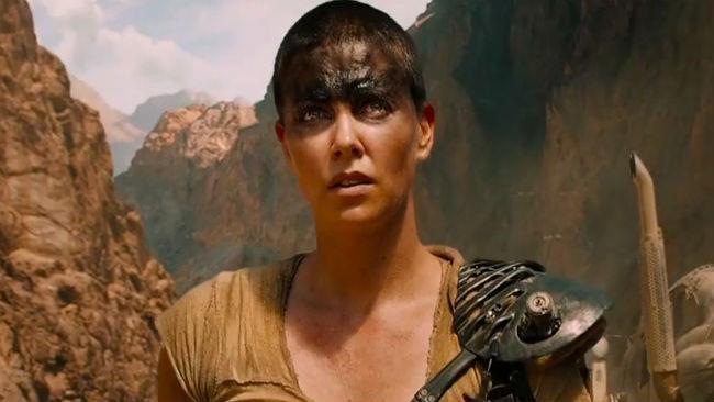 Charlize Theron nei panni di Furiosa