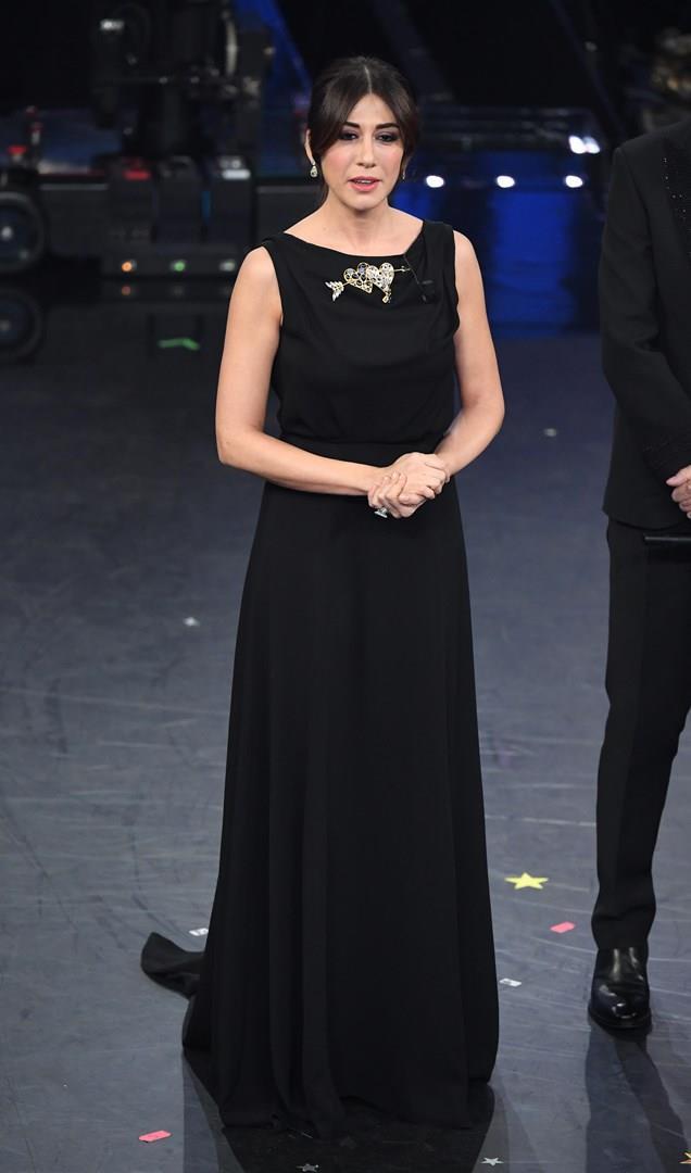 dc328b1cbe77 Getty Images Virginia Raffaele al Festival di Sanremo 2019 con abito nero