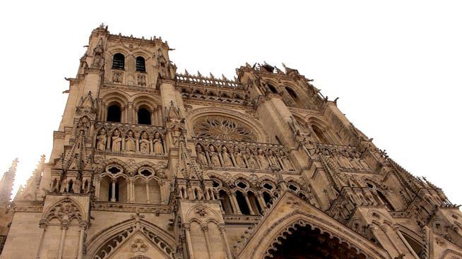 Vista della Cattedrale di Notre Dame di Amiens