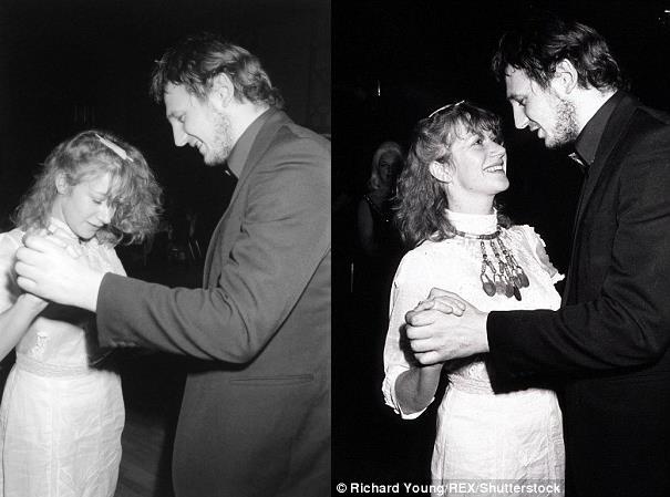 Liam Neeson ed Helen Mirren ballano insieme negli anni '80