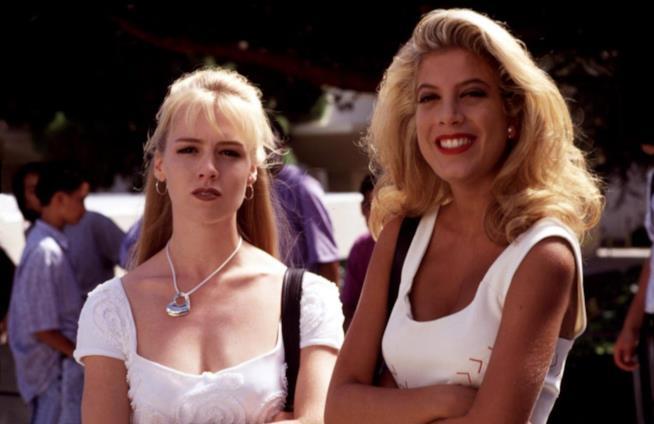 Jennie Garth e Tori Spelling in Beverly Hills 90210
