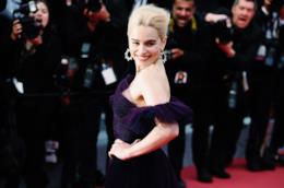 Emilia Clarke sul red carpet di Cannes