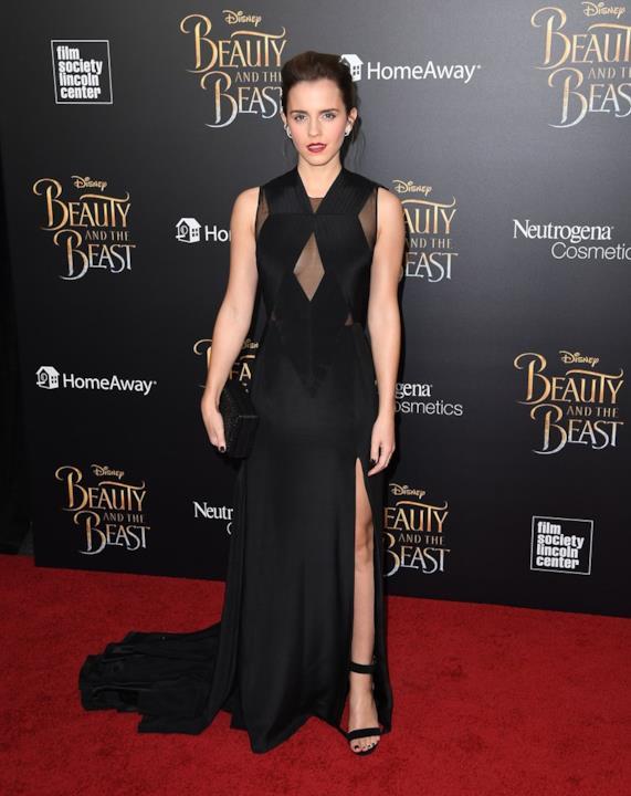 Uno degli abiti scelti da Emma Watson per promuovere La Bella e la Bestia