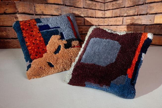 Regali per la casa nuova: cuscini Abstract di Tom Dixon