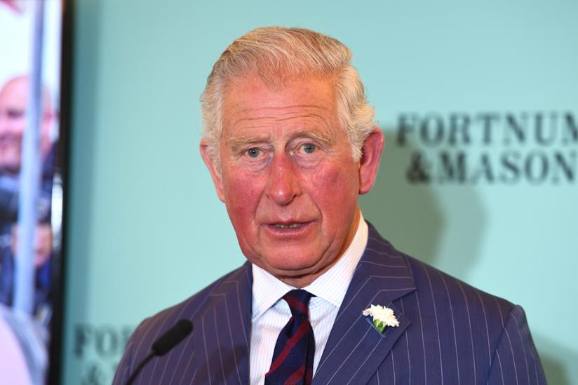 Carlo d'Inghilterra in primo piano