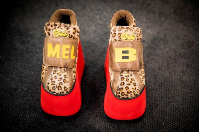 Scarpe Mel B con piattaforma