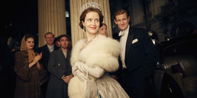 Claire Foy e Matt Smith in The Crown