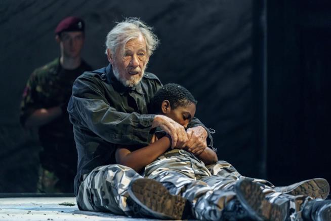Ian McKellen durante la tragedia King Lear