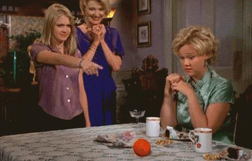 Sabrina fa crescere un'ananas al posto dell'arancia