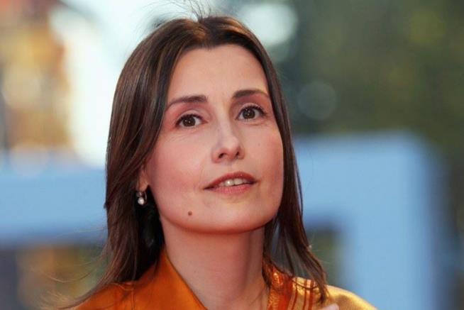 Claudia Koll in primo piano