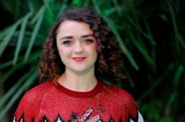 L'attrie Maisie Williams