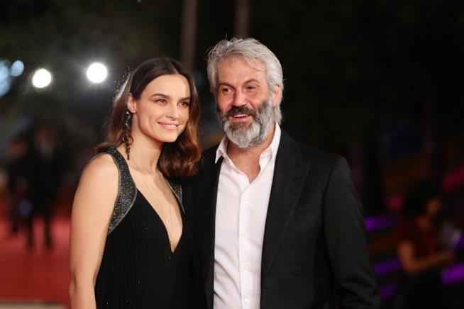 Kasia Smutniak e Domenico Procacci in primo piano