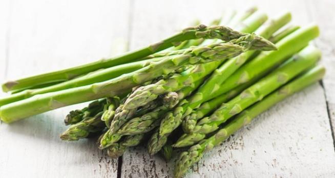 Cucinare gli asparagi in modo sano e dietetico for Cucinare asparagi