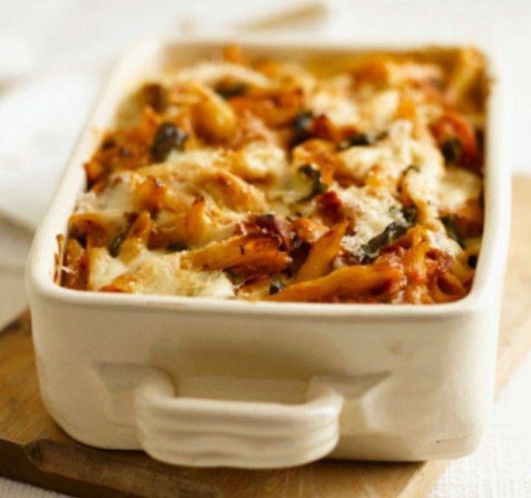Pasta al forno con mozzarella filante