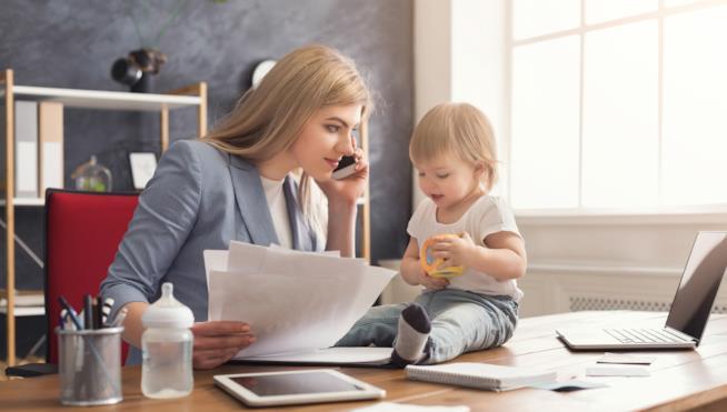 Mamme con partita IVA: cosa stabilisce la legge