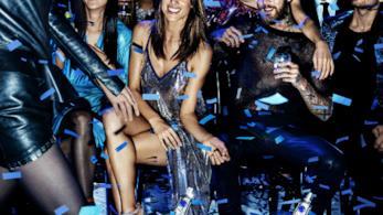 Alessandra Ambrosio nella campagna pubblicitaria CÎROC