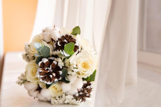 Bouquet sposa per matrimonio in inverno