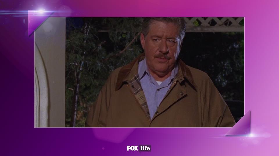 S06-E06: Richard risolve il problema da lui creato a Lorelai, scusandosi con la figlia e dimostra un'umiltà fuori dal comune