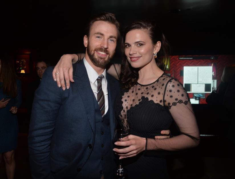 Hayley Atwell e Chris Evans alla premiere di Captain America della Marvel