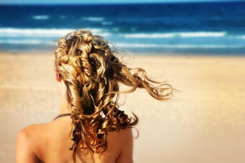 Capelli al mare, modella