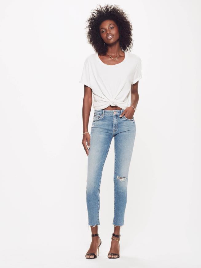 Jeans Mother su una modella