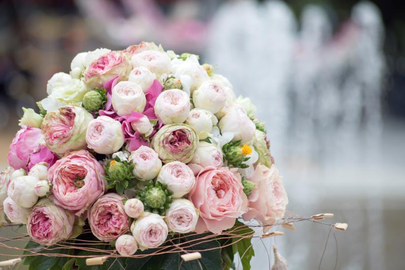 Bouquet Sposa Giugno.Sposa A Giugno Come Scegliere Trucco Acconciatura Fiori Menu