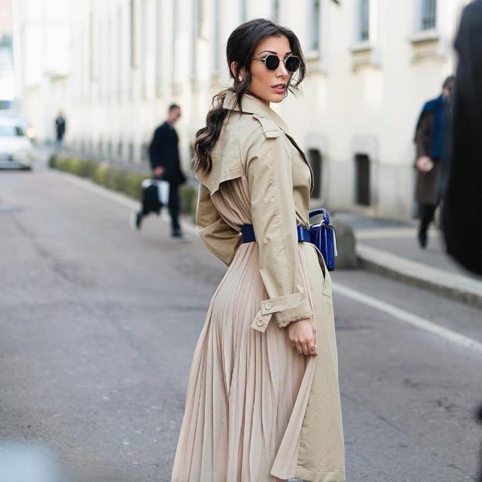 Simona Guatieri in un outfit casual chic