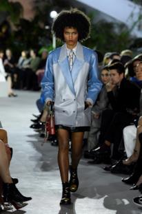 Sfilata LOUIS VUITTON Collezione Donna Primavera Estate 2020 New York - Vuitton Resort PO RS20 0022