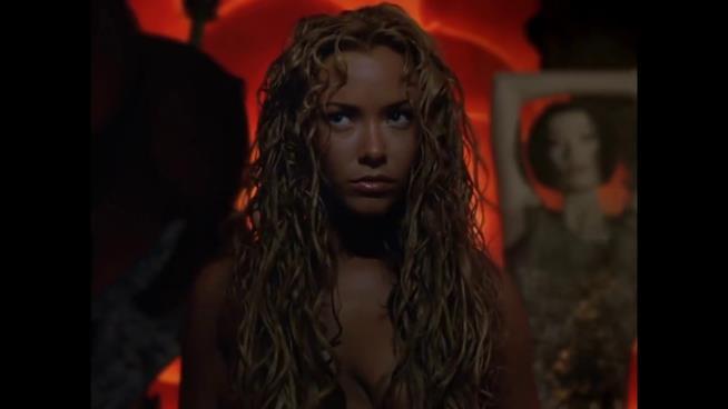 T-X, la donna Terminator dal fascino infernale