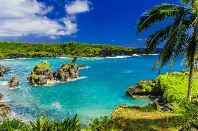 Spiaggia di Hana a Maui nelle Hawaii