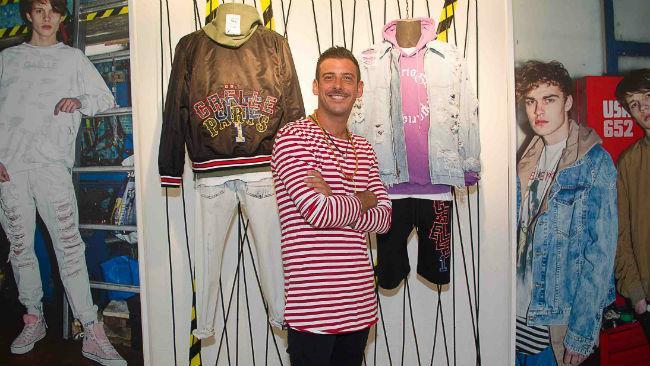 Francesco Gabbani ospite dello stand Gaëlle Paris a Pitti Uomo