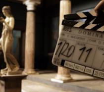 Un'immagine che annuncia le riprese della seria Domina
