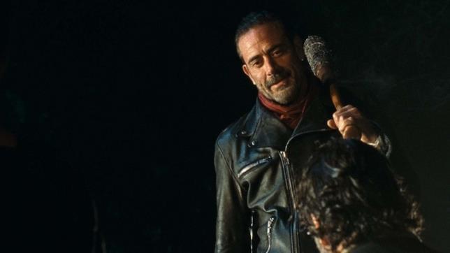 Negan nell'episodio di The Walking Dead L'ultimo uomo sulla Terra