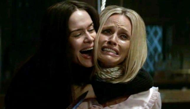 Sarah Paulson (Susan Atkins) e Rachel Roberts (Sharon Tate)
