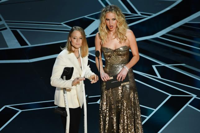 Jodie Foster e una shockata Jennifer Lawrence