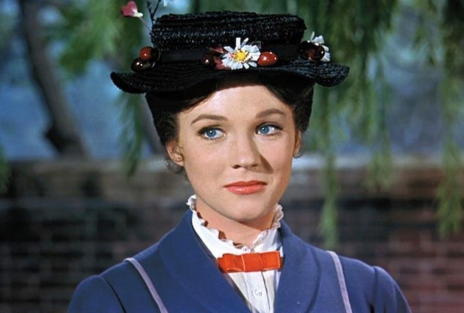 La Mary Poppins originale: Julie Andrews nei panni della tata perfetta
