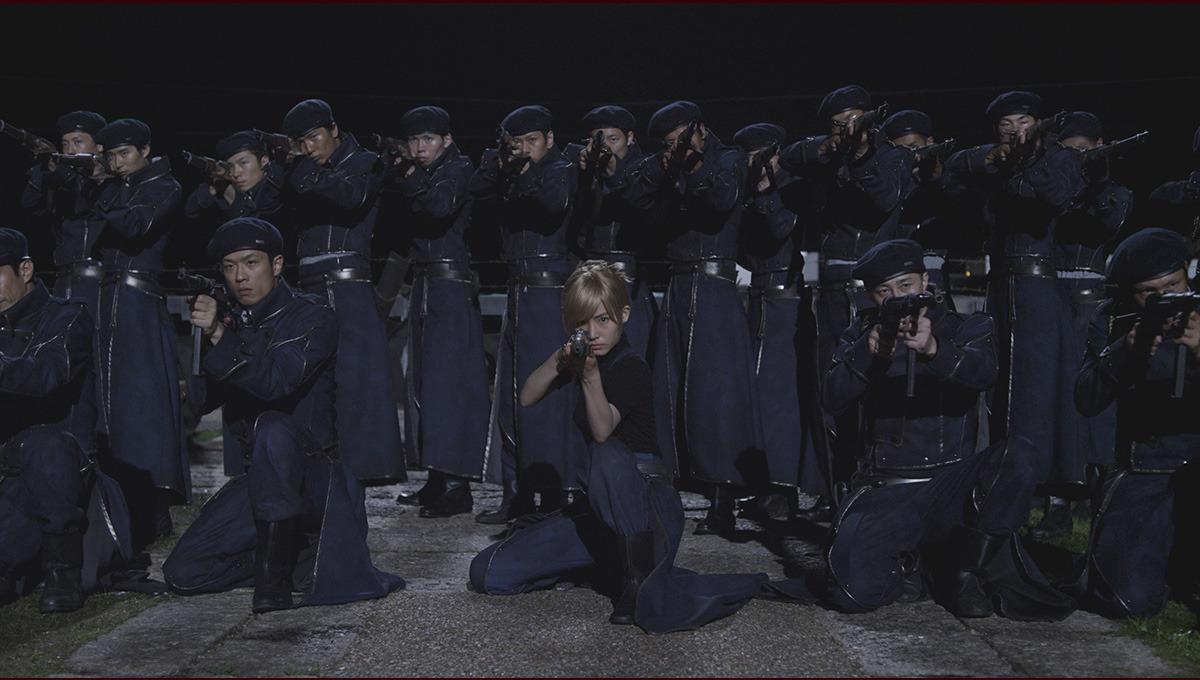Riza Hawkeye (Misako Renbutsu) e il suo plotone