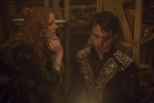 Tamzin Merchant e Joe Doyle interpretano Anne Hale e il Barone Sebastian