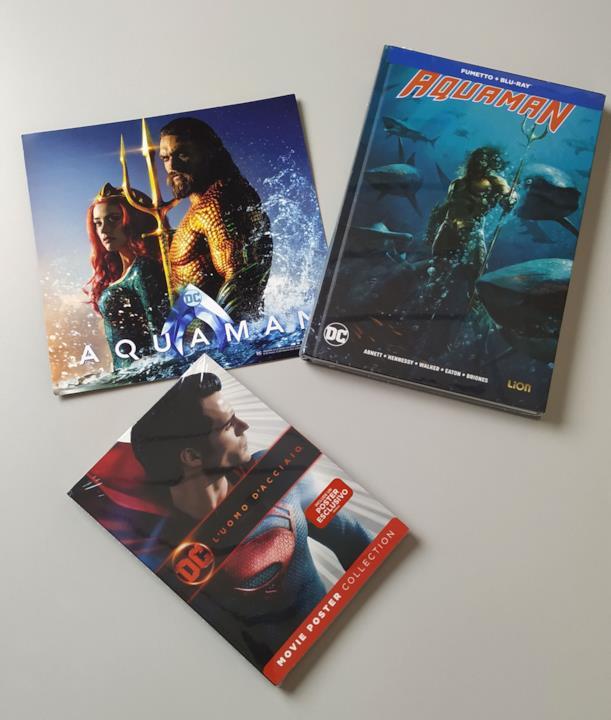 Fumetto e Card di Aquaman in versione Comicbook+Blu-ray e edizione DC Movie Poster Collection di Man of Steel