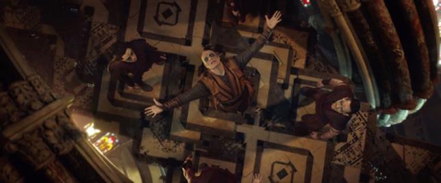 Il misterioso personaggio di Mads Mikkelsen e i suoi seguaci in Doctor Strange
