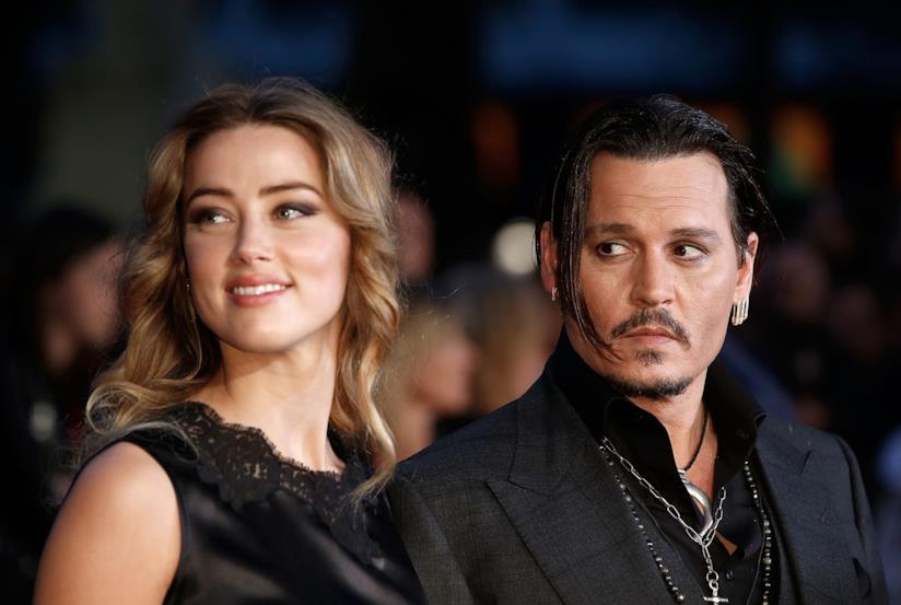 Primo piano di Johnny Depp e Amber Heard