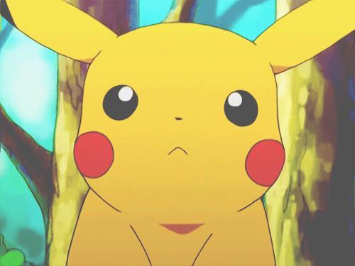 Un Pikachu perplesso in GIF