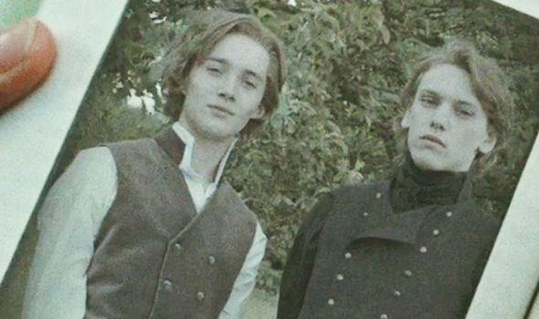 Immagine di Silente e Grindelwald tratta da Harry Potter