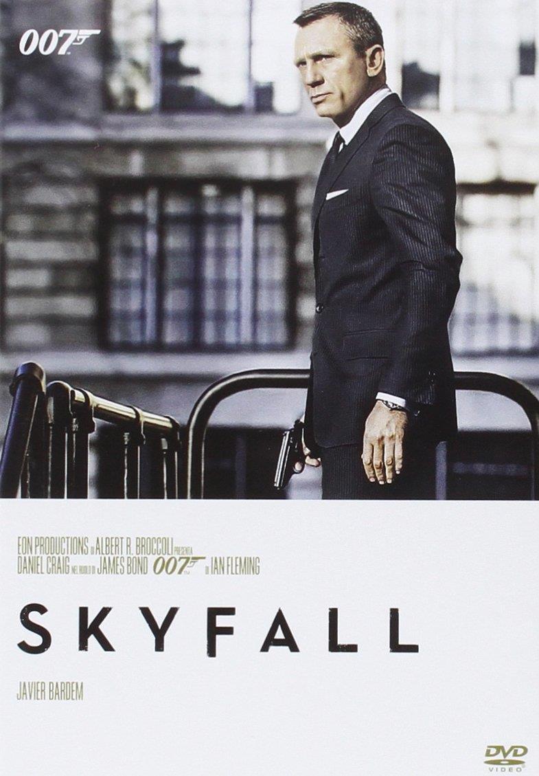 La locandina di Skyfall