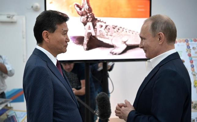 Kirsan Ilyumzhinov, il giocatore di scacchi rapito dagli alieni