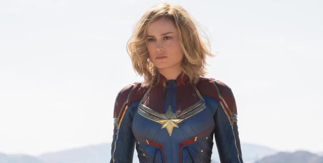 Brie Larson è Captain Marvel nelle foto dal set di Entertainment Weekly