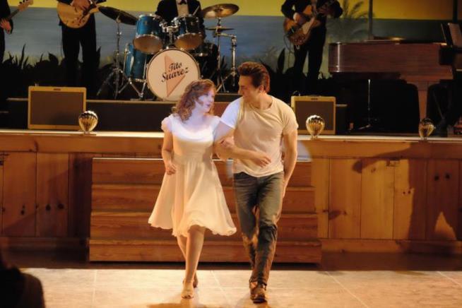 I protagonisti di Dirty Dancing in una scena di ballo